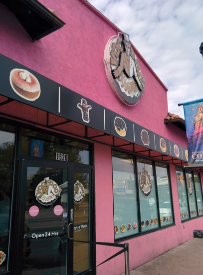 Voodoo Doughnut, Photo 1