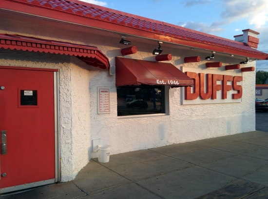 Duff's Famous Wings, Photo 1