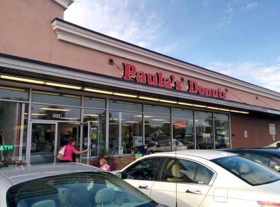 Paula's Donuts, Photo 1