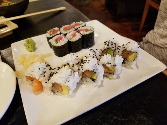 Monstera Noodles & Sushi, Photo 4