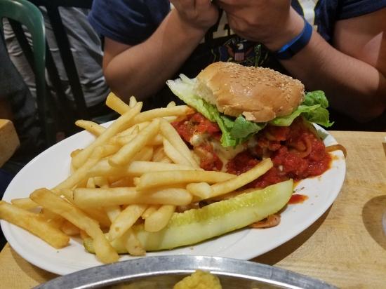 Mr. Bartley's Burger Cottage, Photo 4